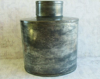 Vintage Lidded Metal Canteen or Container