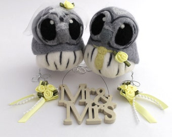 Grey Owl Wedding Cake Topper Bride and Groom Owl Pair Gray with Silver Feet and Custom Colour Accessories