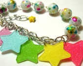 Rainbow Star Bracelet - Fairy Kei Kandi Kid chunky chacha charm bracelet with colorful glitter stars and splatter beads