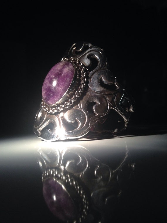 1920-1930 Mexican Amethyst and Sterling Silver Cuff Bracelet