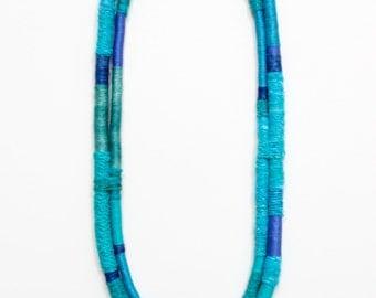 leslie necklace - peacock blue