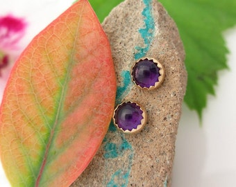 Amethyst Stud Earrings, Purple Cabochon Earrings in Yellow Gold, 4mm
