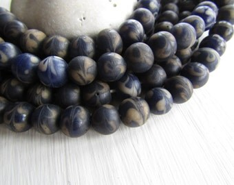blue white round lampwork glass beads, matte with motif, ethnic rustic gritty look, Indonesian 8 to 11mm (10 beads)  6bb3-5
