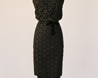 Vintage 1950s Black Cotton Eyelet Lace Wiggle Dress by Lucinda | Vintage 50s Black Coctktail Dress