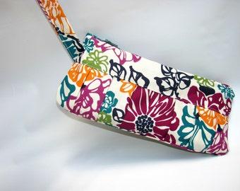 Wristlet Clutch Bag, Wristlet Bag, Wristlet Wallet, Zipper Pouch, Clutch Purse, Small Bag, Cosmetic pouch Contemporary Flowers
