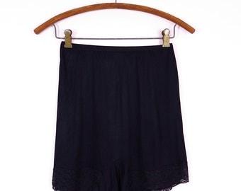 1960s Black Tap Panties L