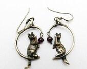Sterling Cat Earrings Moon Garnet Ball Jewelry E7227