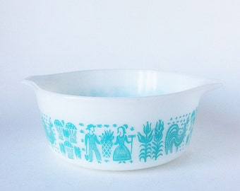 Vintage Pyrex Amish Butterprint Mixing Bowl Turquoise/Aqua WHITE #472 1 1/2PT.