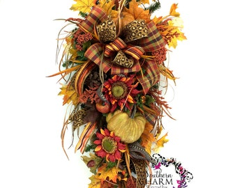 Fall Teardrop Swag, Fall Decor, Autumn Decor, Fall Swag, Thanksgiving Swag, Thanksgiving decor, Fall door decor, Fall Front Door Decor,