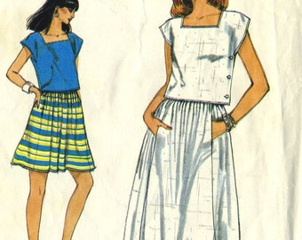 Vintage 80s Vogue 8291 Misses Cropped Square Neck Top and Gathered Skirt Sewing Pattern Size 8 Bust 31.5