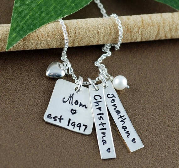 Mom Est. Necklace, Hand Stamped Necklace, Personalized Mom Necklace, Gift for Mom, Mother's Necklace, Name Tag Necklace, Mother's Day Gift