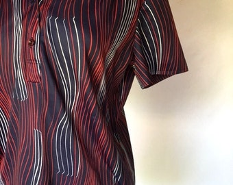 Vintage 70s Red White & Blue Blouse / Button And Collar Shirt / Womens Medium Large
