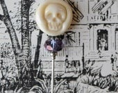 Lamp Work Skull, Etsy Artisan, Ivory Skull, Glass Skull, Limited Edition,  Stick Pin, Hat Pin, Lapel Pin, Steampunk, Ascot Pin, H0366