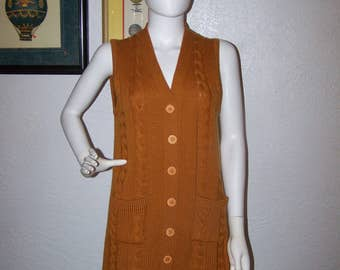 Vintage 1960s 1970s JOYCE Long Cableknit Sweater Vest Pumpkin Spice Size 40 British Crown Colony of Hong Kong Wool Cardigan Burnt Mustard