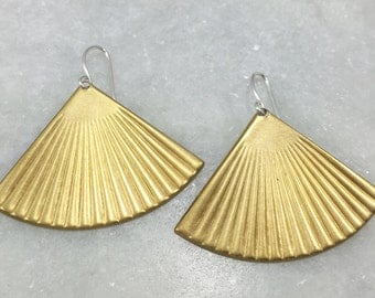 Brass Fan Earrings | E11608