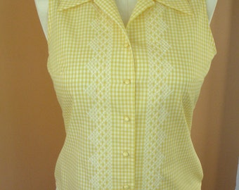 Handmade Summer Blouse With 60s Vibe, Vintage Style Hand Embroidery on Yellow Gingham, Size 6 Bust 34