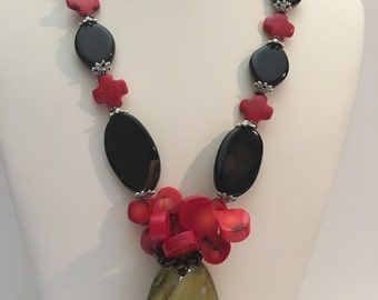 Statement Necklace. Red and Black Necklace. Rustic pendant. Summer Necklace. Resort Jewelry.Beach Wedding.Mothers day gift.Special Occasion