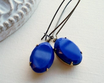 Cobalt Blue Long Drop Earrings In Brass, Dark Blue Dangle Earrings, Vintage Style Jewelry.