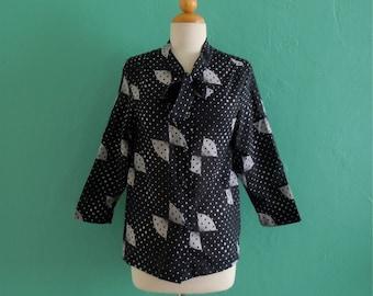vintage polka dot fan print tie top / blouse