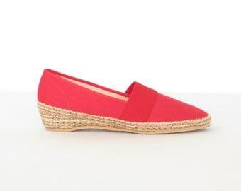 Red Espadrille Wedges * Vintage Canvas Shoes * Wedge Heel Espadrilles * size 8