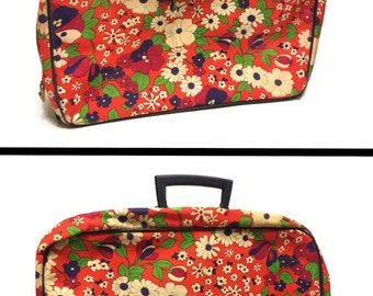 Vintage Flower Power Suitcase, Flowered Luggage, Mod Suitcase Retro Suitcase, Overnight  Bag, Travel Bag Retro Luggage, Vintage Mod Luggage