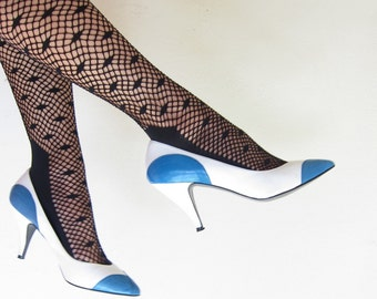 Vintage 1980s Blue and White Leather Pumps / 80s Maria Cristina Colorblock High Heel Shoes / 6 1/2