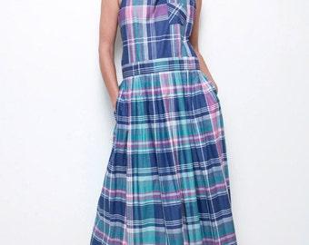 pinafore dress maxi cross back pleated wrap apron dress plaid blue cotton vintage 80s L XL (SU-1)