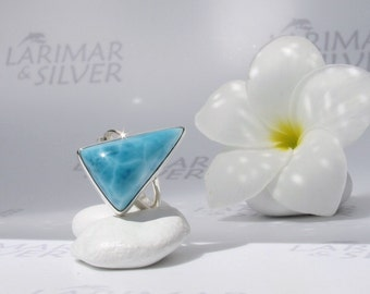 Larimarandsilver ring size 7.25, Ocean Mystery - deep blue Larimar triangle ring, electric blue ring, blue triangle, handmade Larimar ring