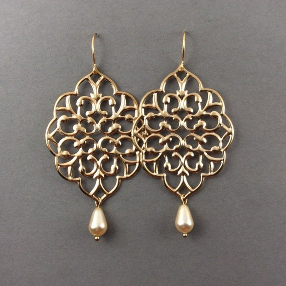 Gold Earrings With Large Gold Filigree And Cream Teardrop Pearls