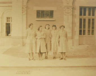 French 1940's Photo - Group of Women Wearing Smocks