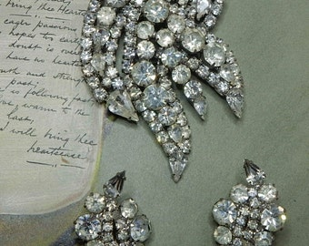 1950s  Large Clear Rhinestone Brooch & Earrings Set