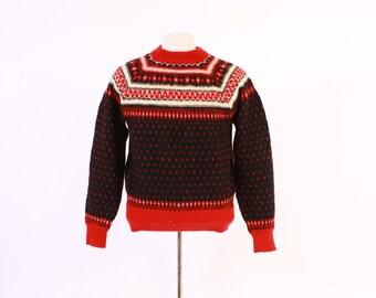 Vintage 60s Men's SWEATER / 1960s RED & Black Scandinavian Wool Pullover Ski Sweater M