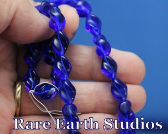 Premium Vintage Sapphire Blue Glass Beads 60516106