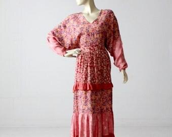 1970s pink floral dress