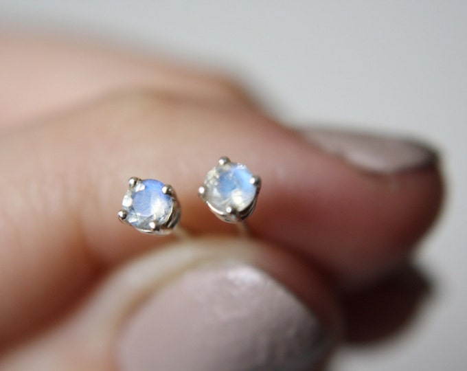 Small Faceted Moonstone Stud Earrings - sterling silver moonstone earrings - moonstone studs - rainbow moonstone earrings - gemstone studs