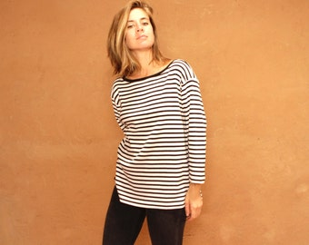 90s simple STRIPED grunge SLOUCHY black & white sweatshirt sytle long sleeve shirt