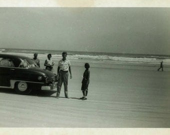 "Vintage Photo ""Drive...Park...Beach Vacation"" Snapshot Antique Photo Black & White Photograph Found Paper Ephemera Vernacular - 187"
