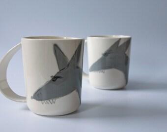 WOLF mug,  unique coffee mug, animal cup, large pottery mug, coffee mug for him, gift for boyfriend, gift for husband, gift for dad, karoArt