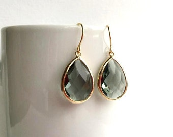 Gray Earrings. Grey Earrings. Charcoal Earrings. Bridesmaid Earrings. Bridesmaid Gifts. Bridal Earrings. Wedding Earrings. Wedding Jewelry.