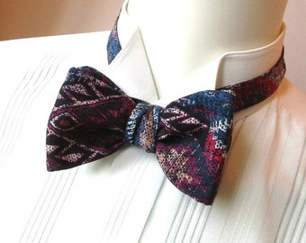 Bowtie in superb cotton print fabric - size adjusters - just self tie bow ties for men handmade by Bagzetoile - ships worldwide