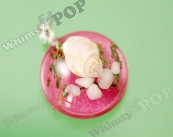 1 - Silver Tone Resin Dome REAL Shell Pendant, Sea Shell Pendant, Shell Charm, Terrarium-Style Pendant, 27mm x 19mm (5-3F)