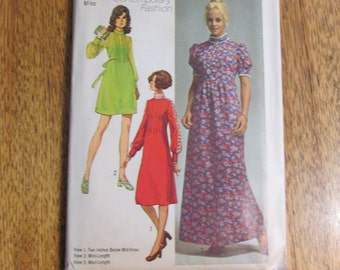 """VINTAGE 1970's Boho Mini or Maxi Dress w/ Elegant Pintucked Details - Size 10 (Bust 32.5"""") - RETRO Sewing Pattern Simplicity 9080"""