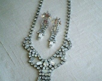 1950s Rhinestones Parure Vintage Large Rhinestone Necklace with Matching Dangle Earrings