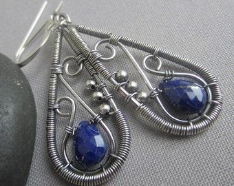 Lapis Earrings/ Silver Wire Earrings w.Lapis/ Hammered Earrings/ Paisley Earrings/ Artisan Earrings/ Lapis Lazuli Wire Earring
