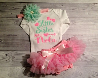 Baby Girl coming home outfit, take home outfit, baby clothes, little sister, baby girl outfit, baby hospital outfit, baby girl clothes, name