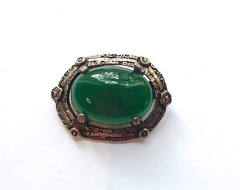 Peking Glass or Chrysoprase Brooch Vintage Green Fashion Jewelry