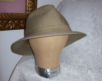 Vintage Men's Khaki Tan Trilby Fedora Rain Hat XL Size 7 1/2 Only 5 USD