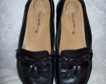 Vintage Ladies Black Leather Tassel Loafers by Thom McAn Size 9 WIDE Now Only 5 USD