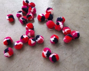 50 Multi colour Pom Poms, 1 inch Size, Handmade Cotton Bohemian Hobo Hmong Pom Pom Supply Accessoires