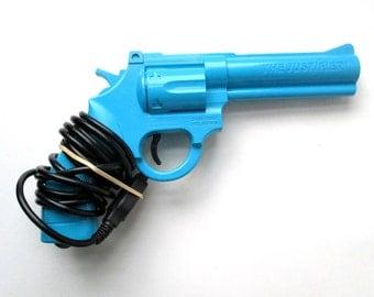 Sega Genesis Konami Justifier Gun Blue, video game player, 1993
